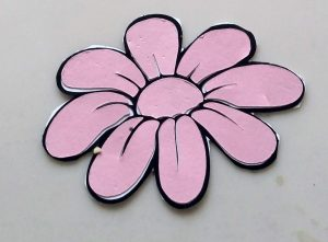 coloring with paper flower