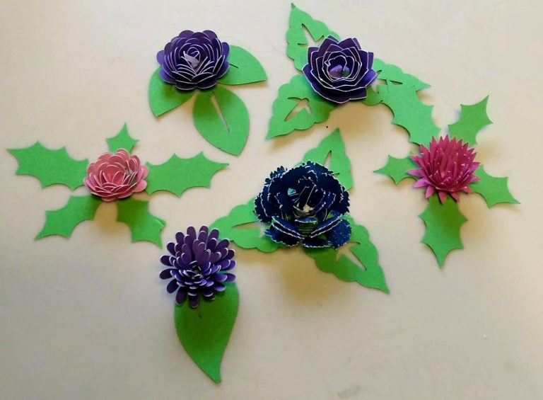 6 Rolled Flowers with leaves