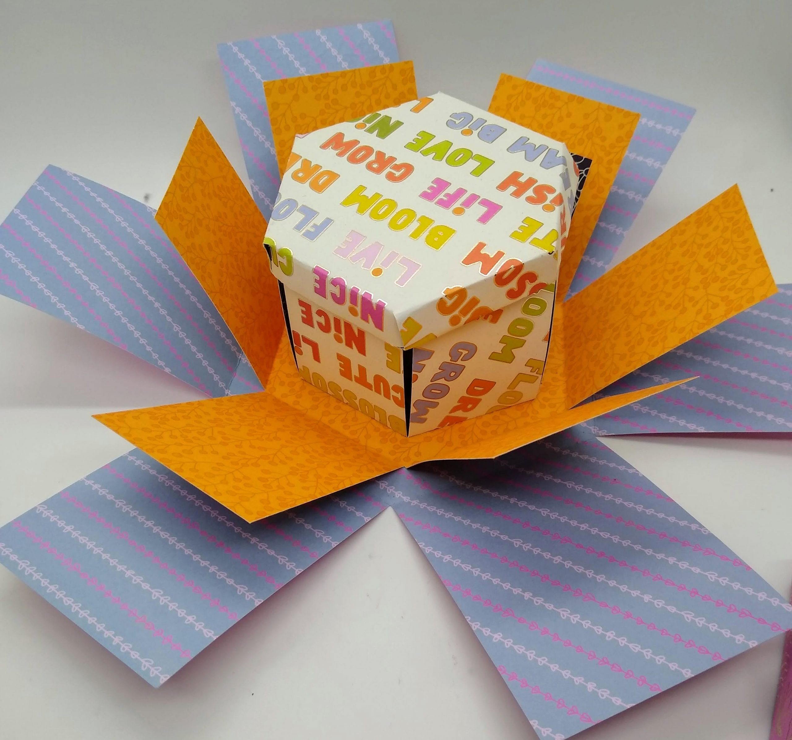Make A Hexagon Explosion Box