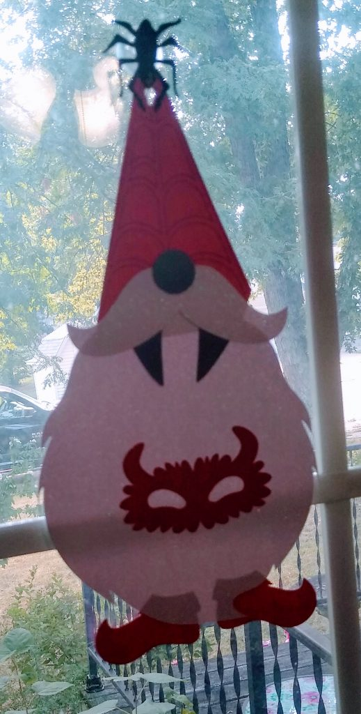 Halloween Gnome wall hangings - Gnome 2