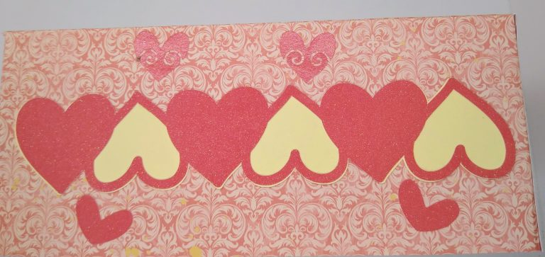 Hearts Side of Valentines Tissue Box Cover
